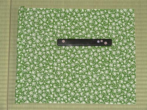 日本手拭いで箸箱の包み方04